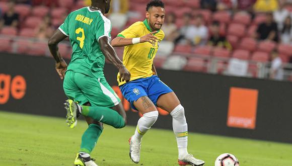 Brasil no pudo rescatar una victoria ante Senegal, que terminó empatado 1-1 en Singapur. Con la presencia de Neymar, el conjunto brasilero no pudo imponer su favoritismo ante la escuadra comandada por Mané. (Foto: AFP)