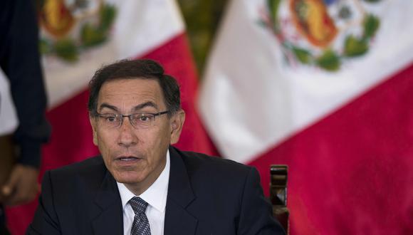 La desaprobación de Martín Vizcarra subió 25 puntos porcentuales en tan solo un mes: pasó de 19% a 44%. (Foto: AFP)