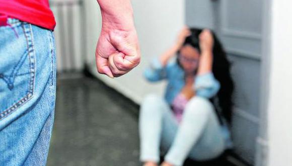 La primera víctima falleció luego de ser ultimada a balazos por su pareja. En tanto, la segunda fue atacada por un sujeto al interior de su habitación, en Puerto Maldonado (Foto: referencial)