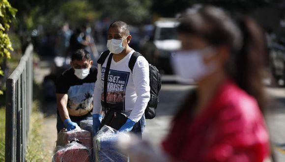 El reporte da cuenta de que tres de cada diez adultos en zonas urbanas señalaron que al finalizar la cuarentena habrían perdido su empleo. (Foto: EFE)