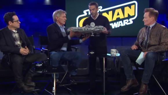 Harrison Ford destruyó Halcón milenario de un fanático [VIDEO]