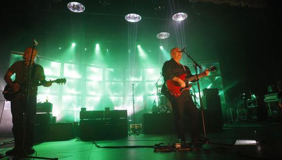 Pixies sorprende a fanáticos y estrena nuevos temas