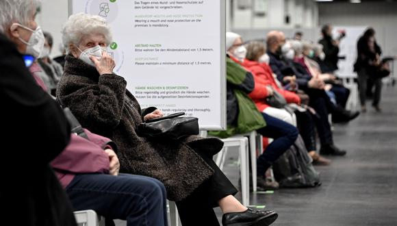 """"""" Como parte de la Unión Europea, que tardó en llegar a un acuerdo con los proveedores y tardó en el despliegue, Alemania ha tenido problemas para vacunar a sus ciudadanos"""". (Foto: EFE)"""