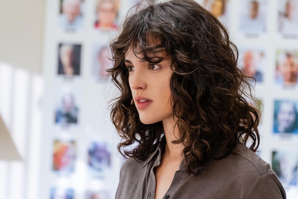 Dirigida y escrita por J Blakeson, la cinta se podrá disfrutar el próximo 19 de febrero en el catálogo de Netflix. Peter Dinklage y Eiza González forman parte del reparto. (Foto: Netflix)