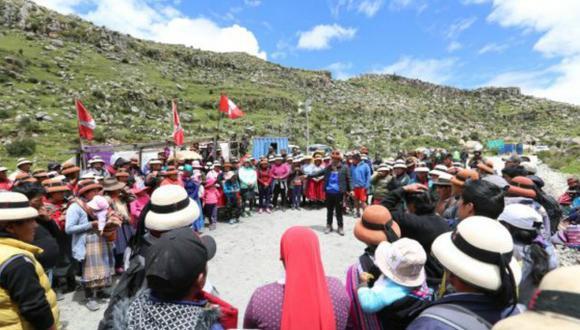 Los comuneros de Fuerabamba buscan que la minera les dé una retribución y compensación económica por el uso de la vía que atraviesa su fundo Yavi Yavi, en Cusco. (Foto: Antonio Álvarez / El Comercio)