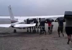 Sistema bajo el ala, la veloz modalidad que usan narcotraficantes del Vraem para cargar avionetas | VIDEO