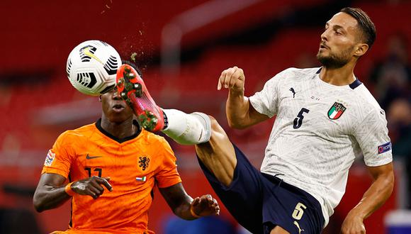 Italia y Holanda protagonizan un partido vibrante por la Liga de las Naciones. Conoce cómo y dónde ver el partido de fútbol en vivo y en directo. (Foto: AFP)