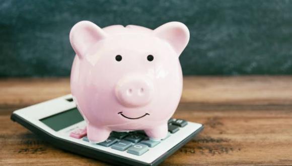 """Identifica en qué rubros de tu presupuesto estás gastando más y seguidamente empieza un """"plan de ahorro personal"""".(Foto: iStock)"""