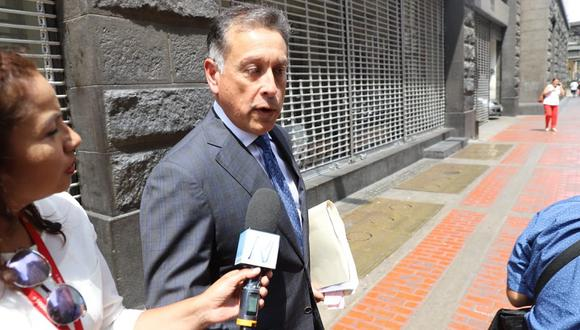 Gerardo Sepúlveda deberá permanecer en el país por los próximos seis meses. (Foto: GEC)