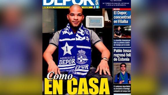 Alberto Rodríguez posó con indumentaria del club, pero nunca firmó por el Deportivo La Coruña. (Foto: Revista Dépor de Galicia)