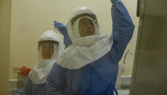 Las pruebas rápidas son una de las formas que utilizará el Gobierno para combatir el coronavirus. (Foto: El Comercio)