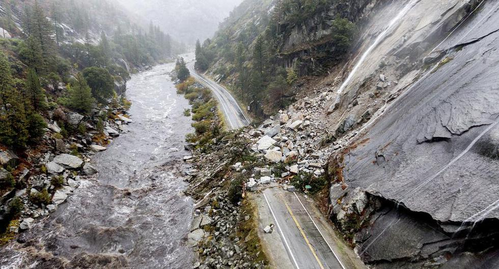 California: Severe flooding leaves 380,000 homes without power