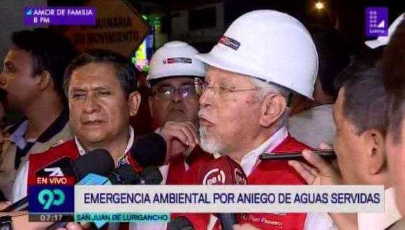 El ministro Javier Piqué del Pozo visitó la zona de San Juan de Lurigancho afectada por el aniego. (Foto: Latina)