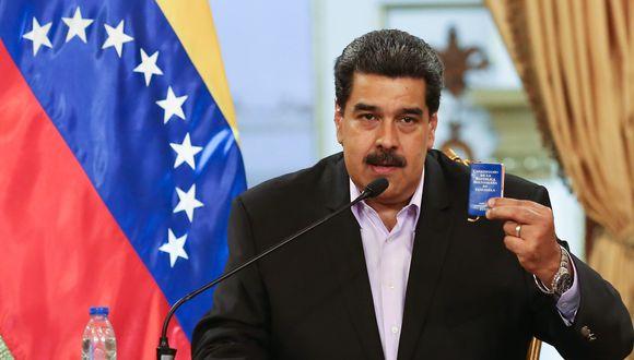 "Nicolás Maduro retó a Donald Trump en un raro inglés: ""Hands off Venezuela de inmediati!"". (EFE)."