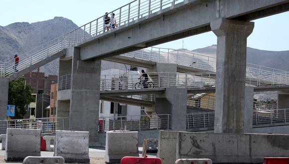 En Lima solo hay 140 puentes peatonales [Galería] - 3