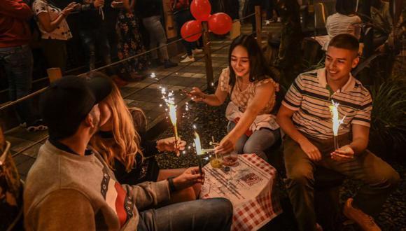 Coronavirus en Colombia   Últimas noticias   Último minuto: reporte de infectados y muertos hoy, domingo 20 de septiembre del 2020   Covid-19   Medellín dejó atrás su estricta cuarentena y comenzó a flexibilizar las medidas restrictivas contra el nuevo coronavirus. (Foto: AFP / JOAQUIN SARMIENTO).