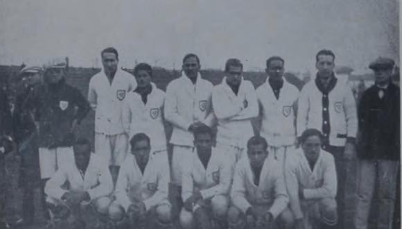 La selección peruana que debutó hace 90 años en un Mundial de Fútbol. (Foto: Revista Deportes).