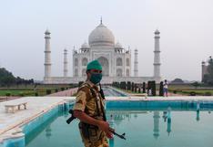 El Taj Mahal reabre en India pese al aumento de casos de COVID-19