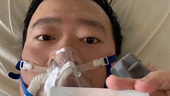 Li Wenliang publicó en las redes sociales una foto suya desde su cama en el hospital el 31 de enero. Al día siguiente fue diagnosticado con coronavirus. (Weibo vía BBC)