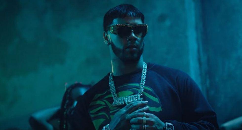 """Captura del videoclip de """"China"""", canción interpretada por Anuel AA con la colaboración de Daddy Yankee, Ozuna, J Balvin y su querida Karol G. (Foto: YouTube)"""
