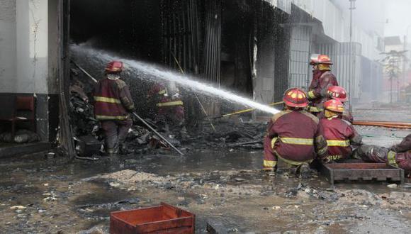 Amazonas: incendio dejó en cenizas más de 50 casas y un grifo
