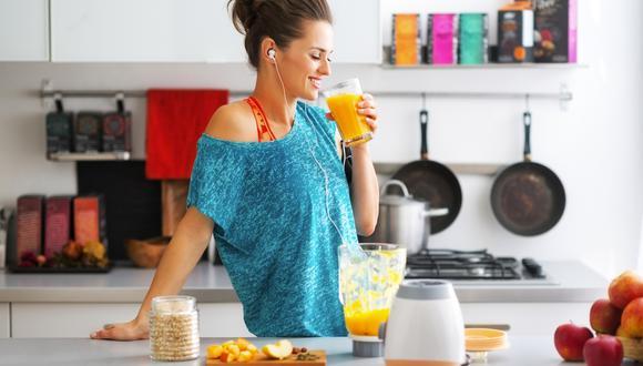 Evitar alimentos envasados que contienen muchos azúcares.