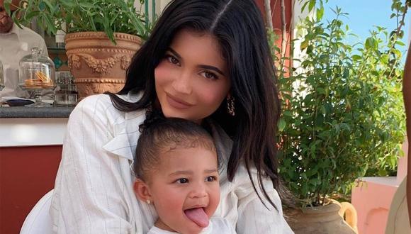 Kylie Jenner no quiere eliminar las estrías que le dejó el embarazo. (Foto:@kyliejenner)