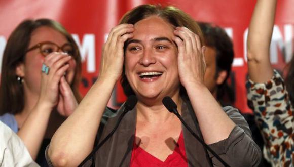Los 'indignados' ganan las elecciones municipales en Barcelona
