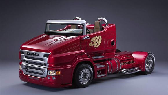 Como se recuerda, viene equipado con un motor V8 de doble turbo que es capaz de llevarlo hasta los 210 km/h. (Difusión)