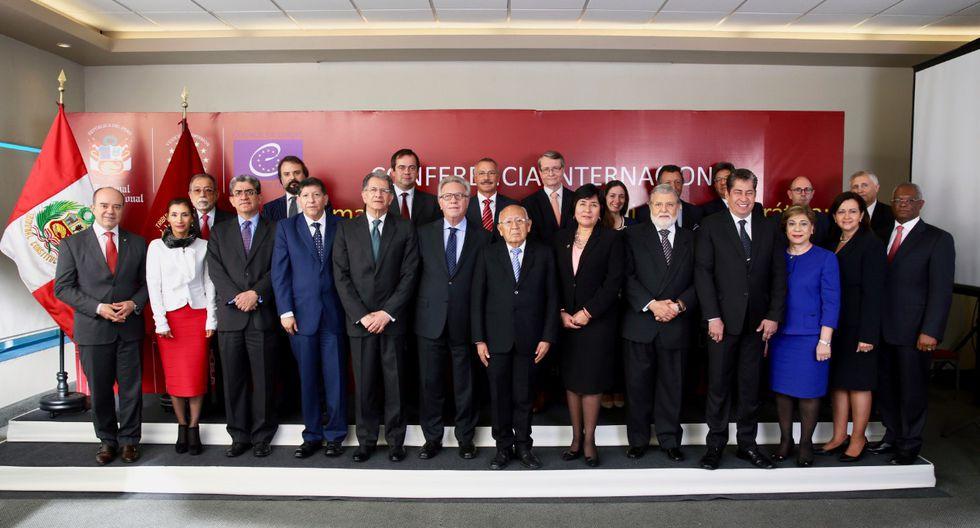 La foto corresponde a octubre de 2016, cuando Lima fue sede de una reunión de la Sub Comisión de Venecia para América Latina. [Difusión]
