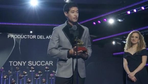 Tony Succar recibe su segundo Grammy Latino 2019. (Foto: Captura de pantalla)