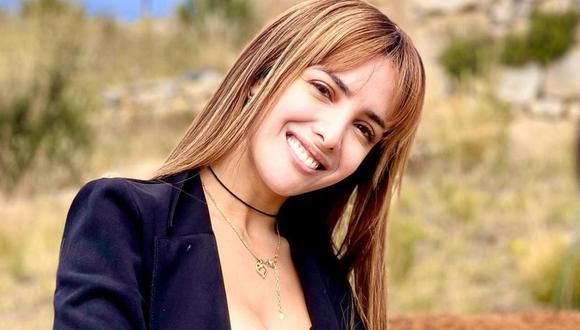 Rosángela Espinoza se vacunó contra el COVID-19 en Estados Unidos. (Foto: @rosangelaeslo)