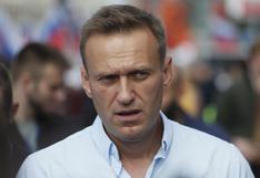 """Opositor ruso Alexéi Navalny salió del hospital y es """"posible"""" que se restablezca plenamente"""