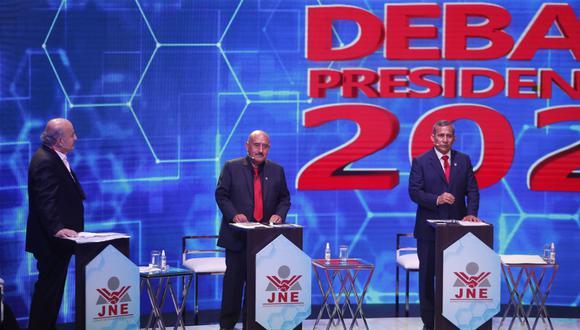 """El candidato presidencial del Partido Nacionalista también cuestionó que el economista solo tenga un plan de gobierno de """"dos hojitas"""". (Foto: El Comercio)"""