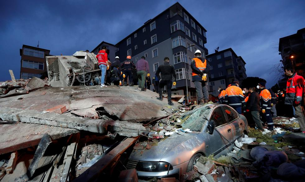 Estambul: se derrumba un edificio en el barrio de Kartal y deja a varias personas sepultadas | Turquía. (Reuters).