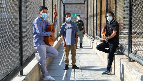 Estas personas han encontrado un refugio y un estímulo en la música, y hacen planes para perfeccionar sus habilidades y cantar juntos cuando salgan en libertad. (Foto: INPE)