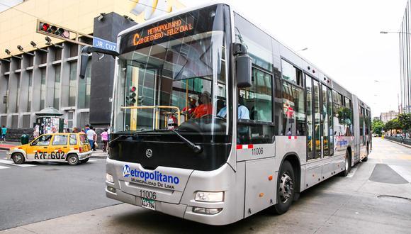 El servicio A desviará su recorrido en dos turnos debido al último recorrido procesional del Señor de los Milagros. (Foto: Andina)