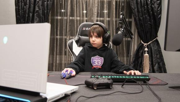 Joseph Deen tiene 8 años y con un contrato de 33.000 dólares mensuales acaba de convertirse en el jugador profesional de Fortnite más joven. (Foto: Team 33/BBC)