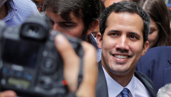 """Juan Guaidó evalúa hacer """"muy pronto"""" una gira por Europa para sumar apoyos. (Reuters)"""