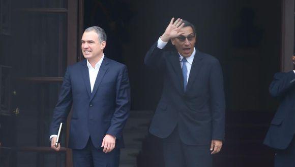 Presidente Martín Vizcarra y primer ministro Salvador del Solar salieron a despedir a Daniel Salaverry a la puerta de Palacio de Gobierno (Foto: GEC)