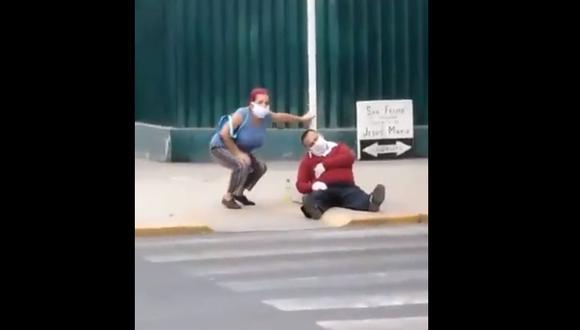 Municipalidad de Jesús María se pronuncia sobre video de vecino tendido en vereda a la altura de la cuadra 24 de la avenida Arnaldo Márquez, la mañana del lunes. (Captura: @AlianzaMartin)