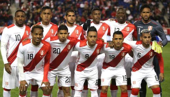 Miguel Araujo y Luis Abram fueron la dupla de centrales en el triunfo 1-0 de Perú sobre Paraguay, un partido amistoso de marzo 2019. (Foto: FPF)