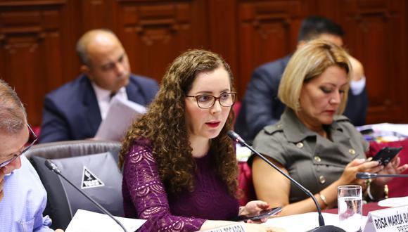 Rosa Bartra, titular de la Comisión de Constitución, asegura que están cumpliendo con los plazos del cronograma. (Foto: Anthony Niño De Guzmán / GEC / Video: TV Perú)