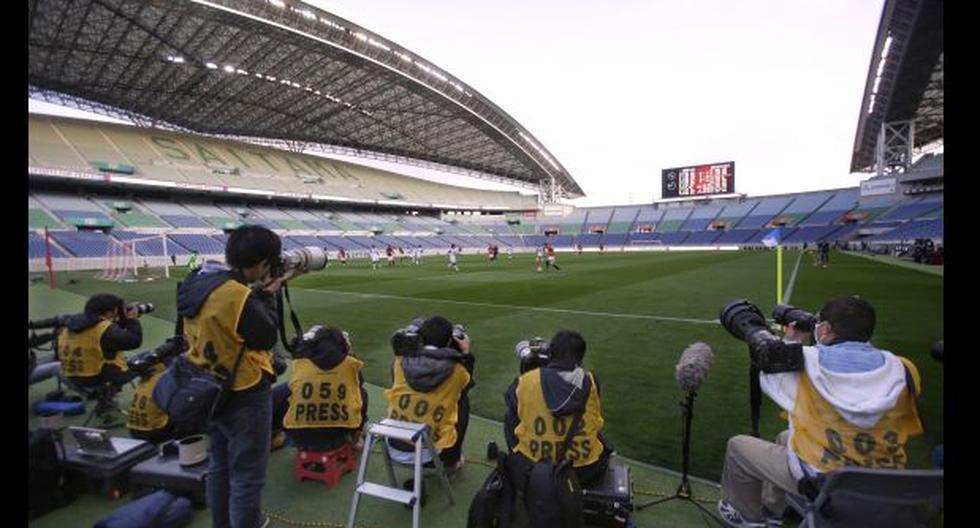 Estadio desolado en primer partido de la liga de Japón 2014 - 4