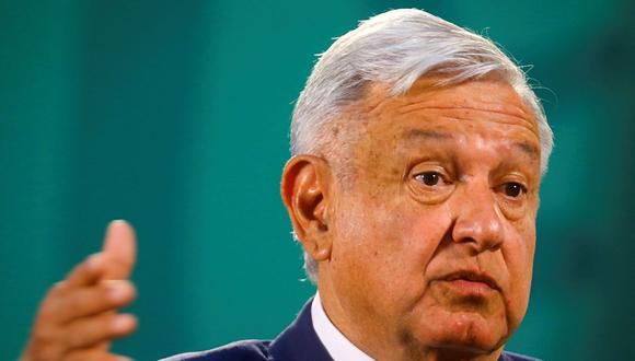El presidente de México, Andrés Manuel López Obrador (AMLO), hace gestos mientras habla durante una conferencia de prensa en el Palacio Nacional, en la Ciudad de México, México, el 24 de marzo de 2021. (REUTERS/Edgard Garrido).