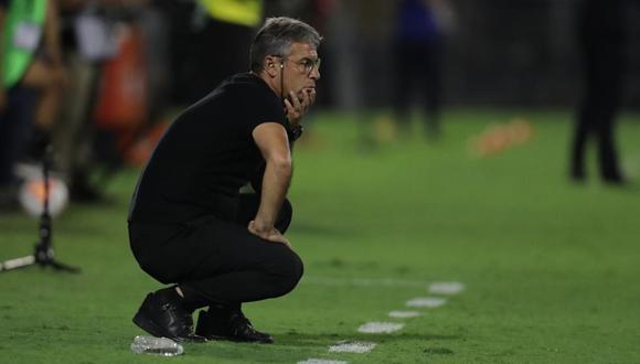Pablo Bengoechea no encontró explicación a la derrota ante Nacional. (Foto: Franciasco Neyra / GEC)