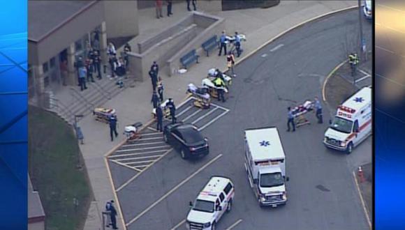 EE.UU.: Un alumno apuñaló a 20 de sus compañeros en Pensilvania
