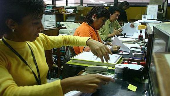 Gobierno entrante decidirá futuro de 221 mil trabajadores CAS