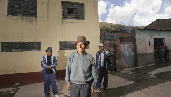 CHUSCHI 16 DE MAYO DEL 2010.REPORTAJE AL PUEBLO DE CHUSCHI, DESPUES DE 30 A—OS DE LA APARICION DE SENDERO LUMINOSO EN EL PERU.-ENTREVISTA A FLORENCIO CONDE Y SUS 2 HIJOS.FOTOS: LINO CHIPANA/EL COMERCIO