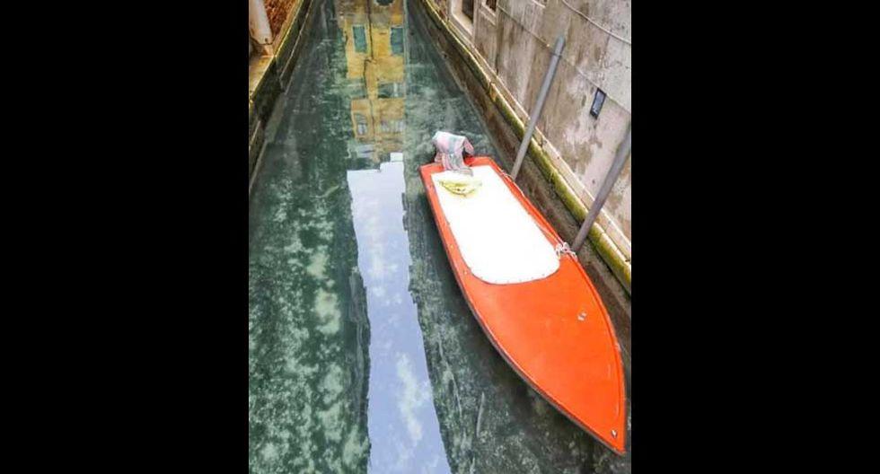 Sin turistas, góndolas amarradas y aguas cristalinas. Esta es la nueva cara de Venecia.(Foto: Facebook / Venezia Pulita)